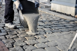 Have you run into a problem while laying your ceramic or natural stone tiles, paving setts or palisades?