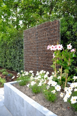 For both the custom work in stone gabion walls and the standard gabion walls, delivery time is about two weeks.